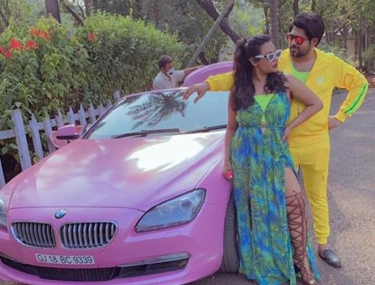 Dum Marle Music Video Neel And Santo Ready To Knock In Bollywood