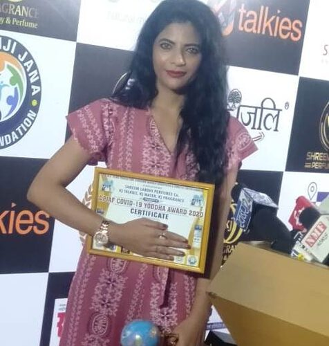 Pallavi Kulkarni Honoured With DADASAHEB  PHALKE  Icon Award  Organised By Kalyanji Jana