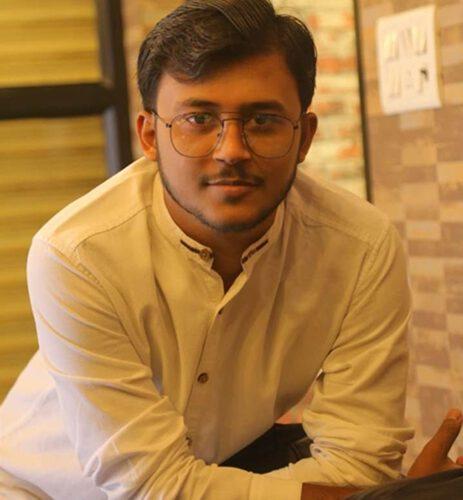 Samar Pratap Suraj Young Enterpreneur Of Samar Dimple Pvt Limited Is To open  Hospital In Himachal Tillu Village Near Naduan