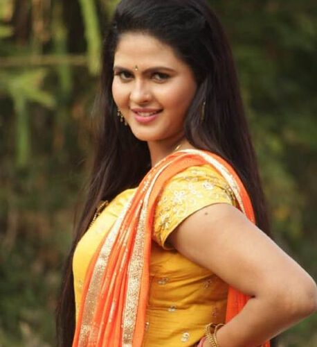 Chandni Singh started shooting of Deepak Kirana Bhandar