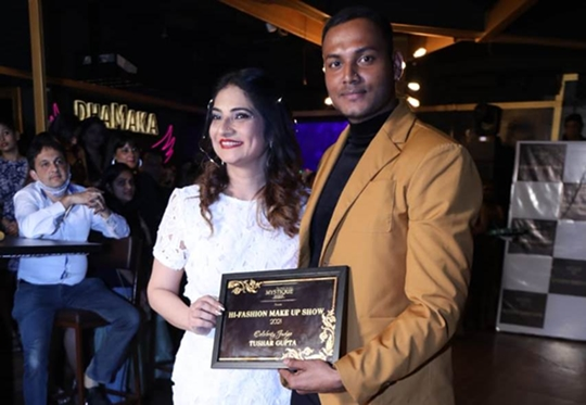 Mystique Event Juveria Nusrat organised Fashion show to support Makeup artist