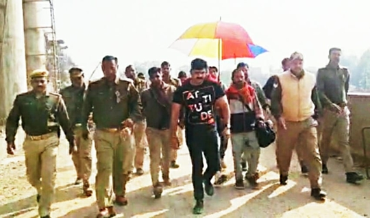 Pawan Singh praised CM Yogi Adityanathji Maharaj  Thanked