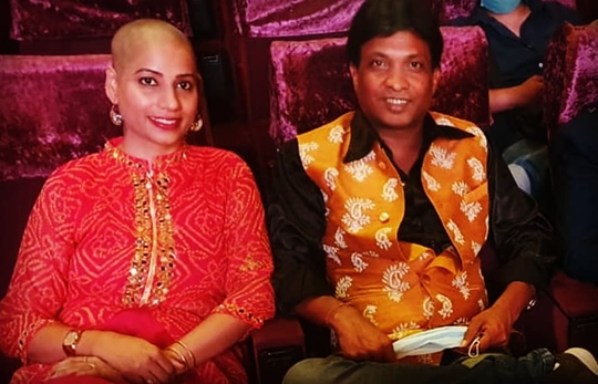 Mrs  Sarita Sunil Pal Donated Her Hair For Father's Condolence and Cancer Patients Help